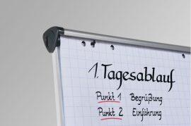 Flipchart papírok (sima, négyzethálós, 20 lap/tekercs)