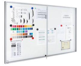 Legamaster Premium beltéri fali vitrin és fehér tábla (whiteboard) egyben (tolóajtóval) 95,0x112,0 c